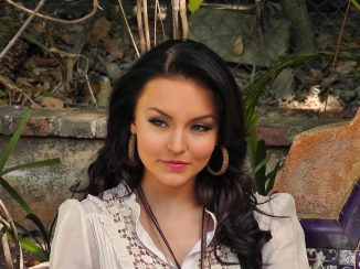 Angelique Boyer Wallpaper @ go4celebrity.com